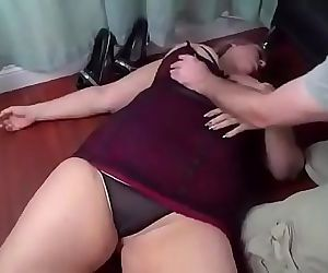 bbw gets knocked out..
