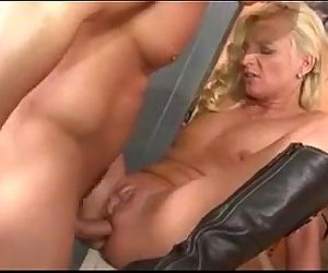 german milf pissing and..