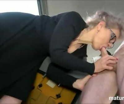 Hot Granny wants Young..