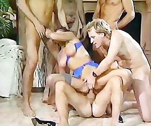 Vintage MILF Swallows A..