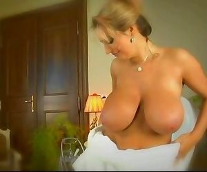 Big Boobs Stepmom..