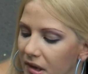 Caroline De Jaie..