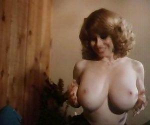Julia Parton, Mona &..