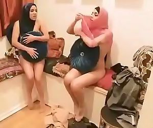 Real Porn Video :..