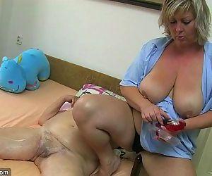 Desi alte Großmutter ficken www reifen Porno com